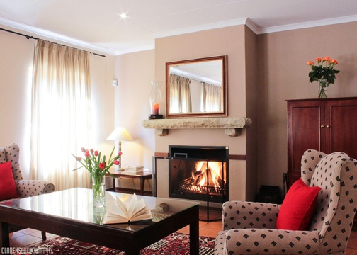 Clarens, accommodation, self-catering, fireplace, mountain view, Mozart Lodge